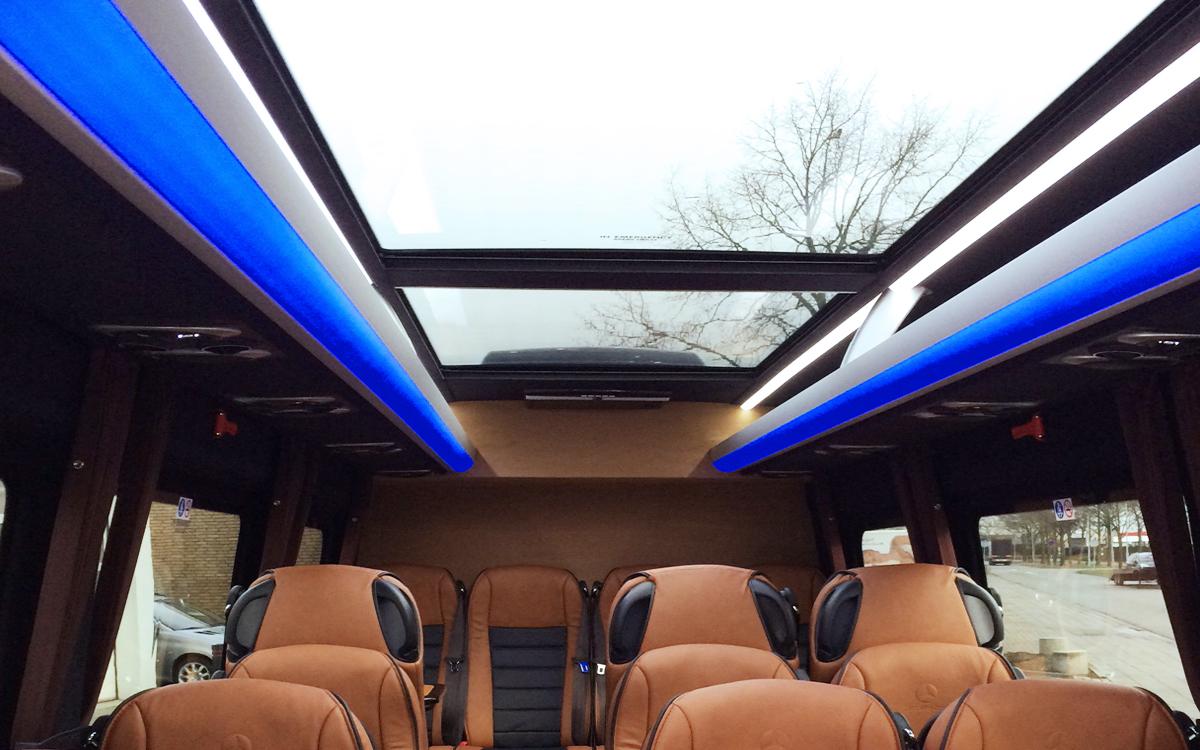 luxe vip zakelijk vervoer neon modern
